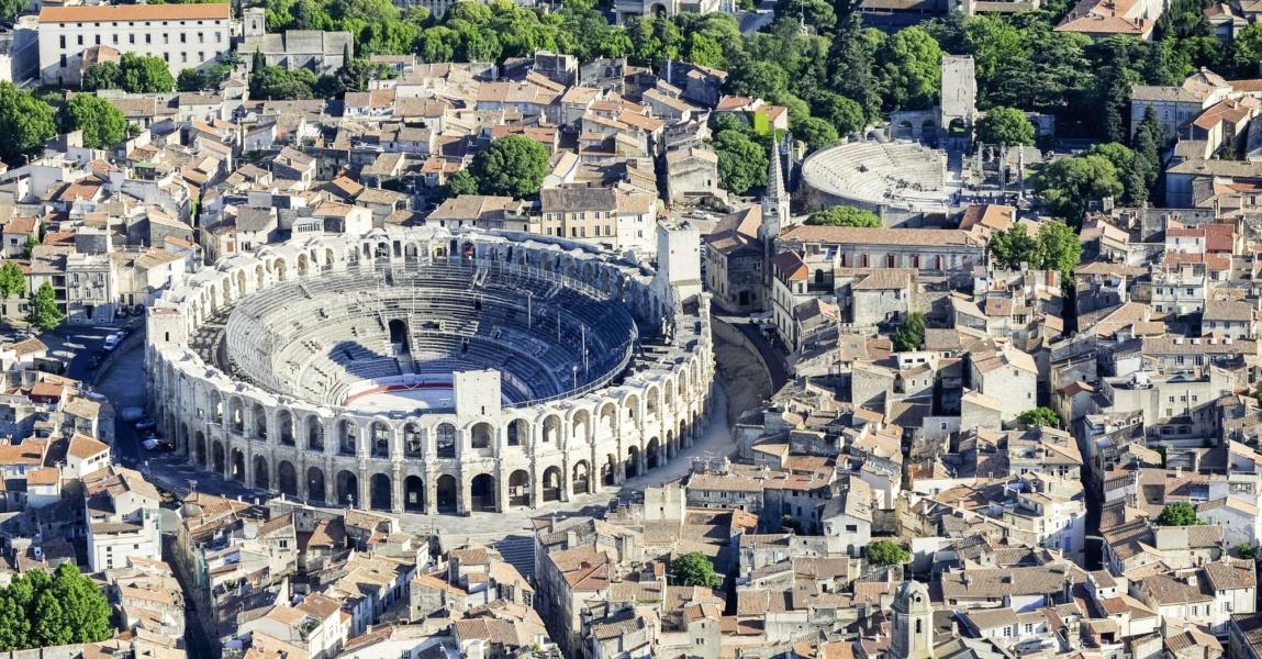 Vues aériennes Arles Camargue © DR