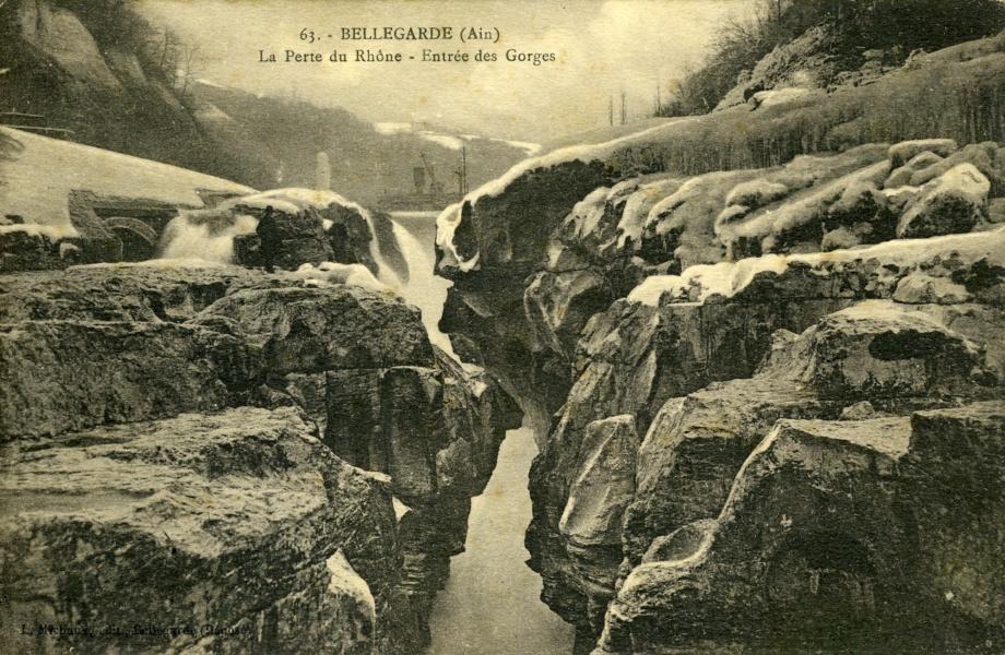 Bellegarde (Ain) La Perte du Rhône Entrée des Gorges © Coll Rondeau, Promofluvia - BMLyon