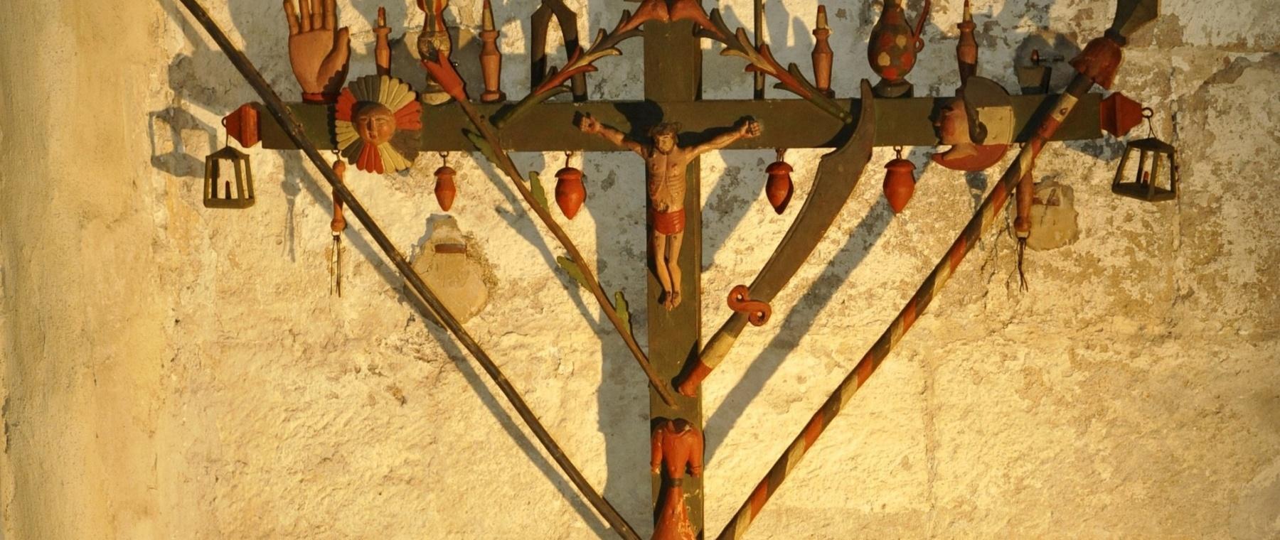 Croix des mariniers du musée des Mariniers de Serrières (07) © M. Rougy/Auvergne-Rhône-Alpes Tourisme
