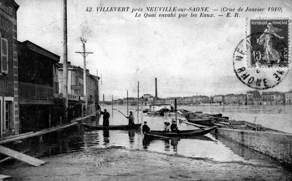 Crue à Neuville sur Saône en 1910 © LBonnamour