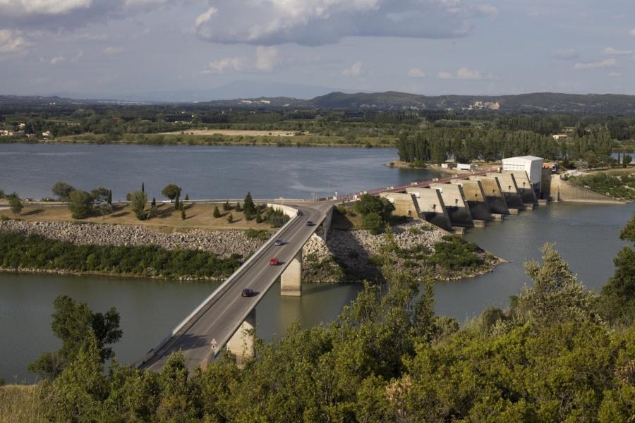 Franchissement et barrage de Vallabrègues © David Desalheux