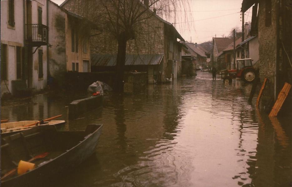 Inondation Lavours fevrier 1990 © Lafoucriere Syndicat du Haut-Rhone