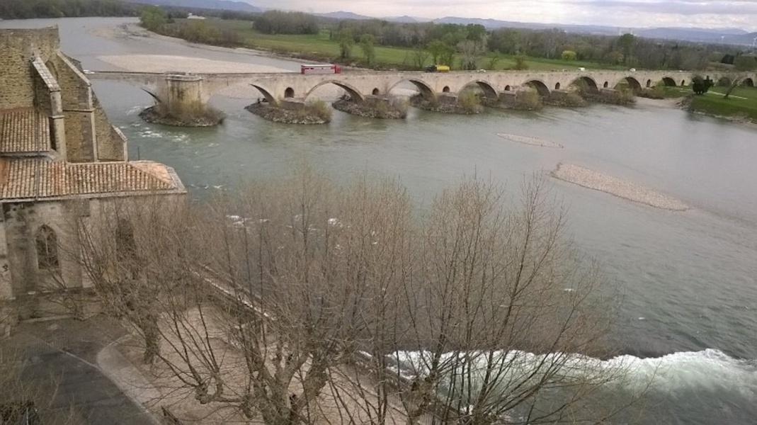 Le Pont Saint-Esprit © Capsurlerhône