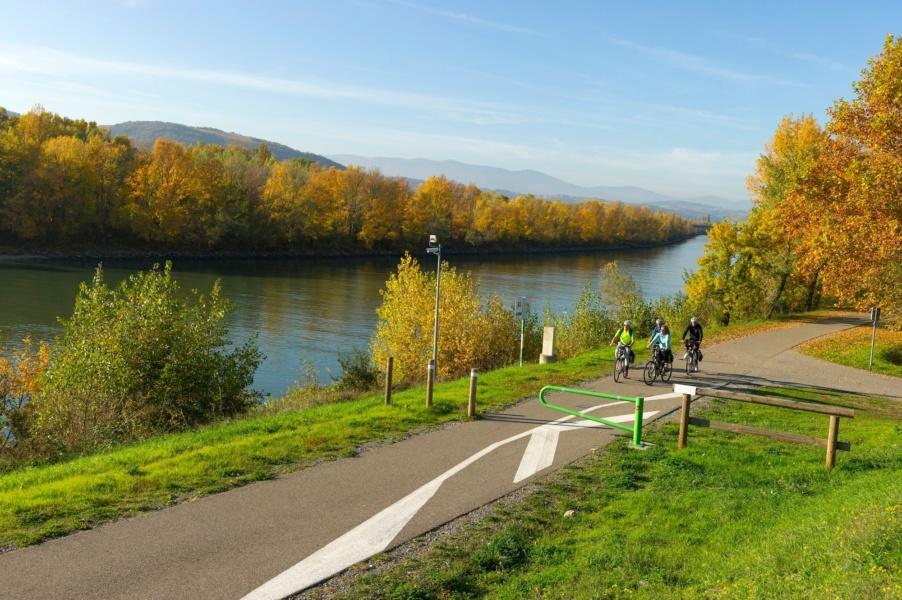 Le Rhône et Viarrhôna aux alentours d