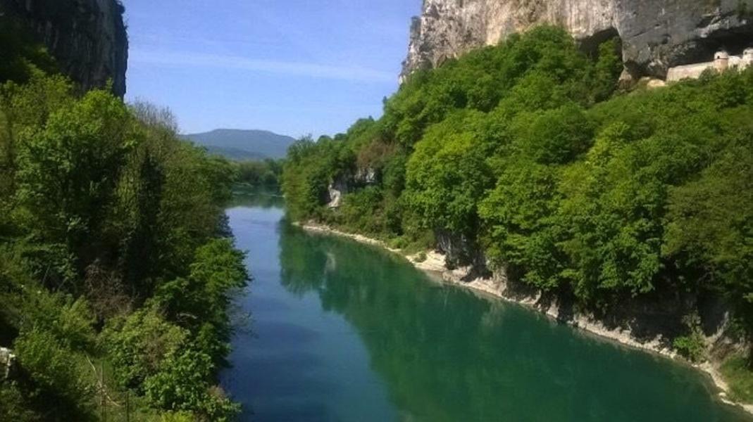Le Rhône vers Yenne © Capsurlerhône