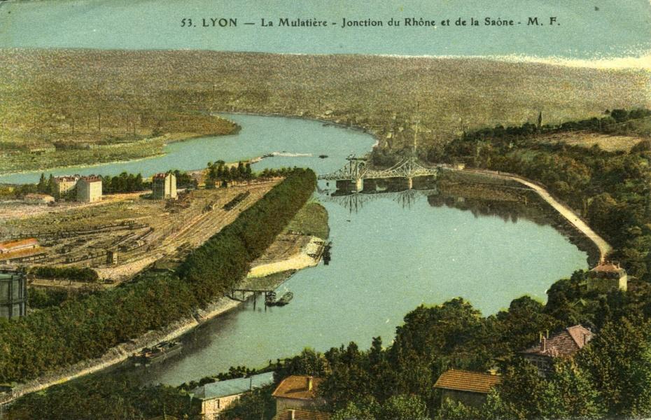 Lyon, La Mulatière, jonction du Rhône et de la Saône © Coll Rondeau Promofluvia BM Lyon Part-Dieu