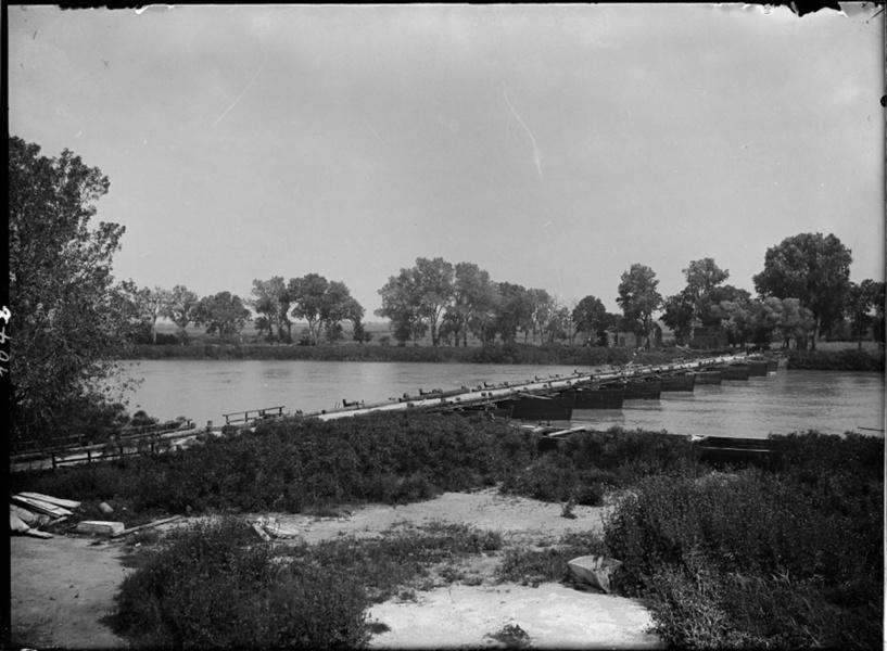 Pont de Sylvereal avant 1948 © Carle Naudot, Numerisation David Huguenin Coll MdC