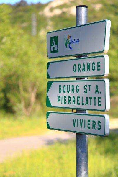 Signalétique de la ViaRhôna © Beegoo/Auvergne-Rhône-Alpes-Tourisme