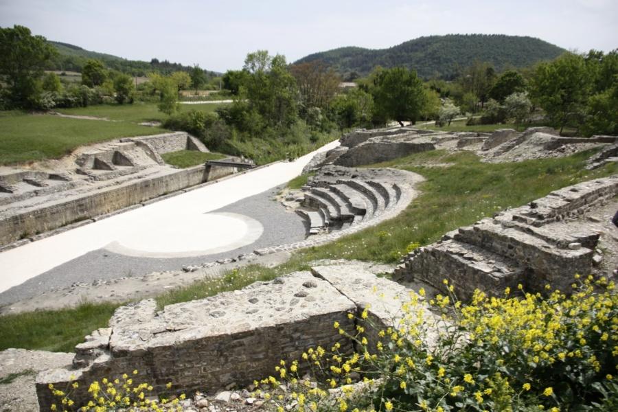 Théatre romain Alba-la-Romaine © MuséAl