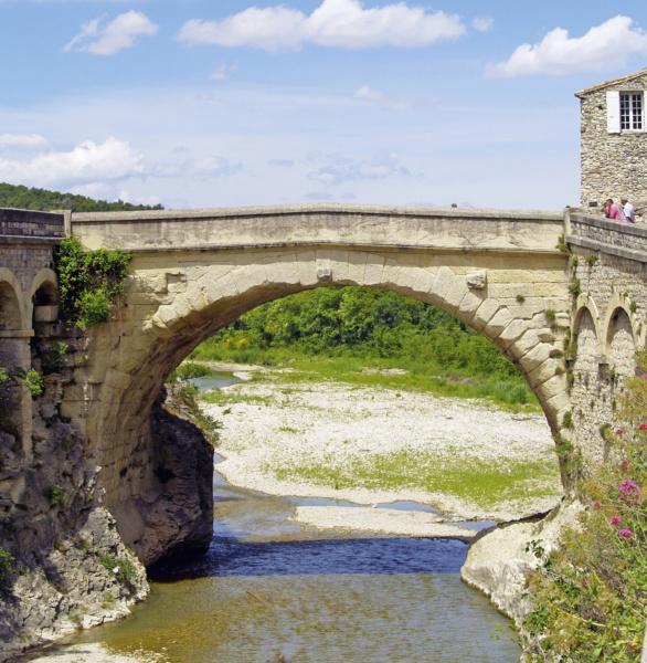 Vaison Pont romain © DR