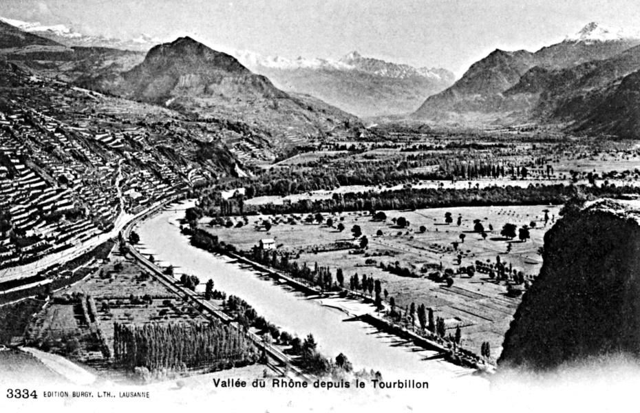 Vallee du Rhone et vue generale, Sion 1900 © Bourgeoisie de Sion Mediatheque Valais Martigny.jpg